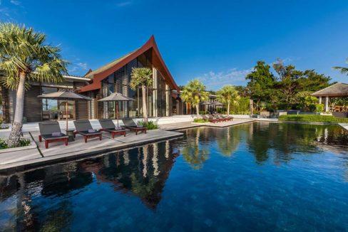 Luxury Beach Front Villa For Sale In Phuket